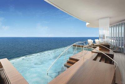 Seven Seas Explorer pool
